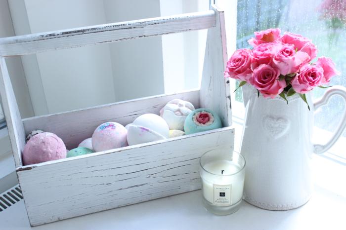 bain-moussant-produit-lush-cosmétique-chambre-blanche