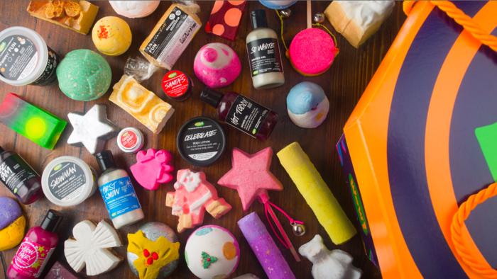 bain-moussant-produit-lush-cosmétique-différent-produits