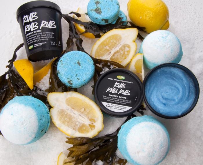 bain-moussant-produit-lush-cosmétique-la-série-bleue