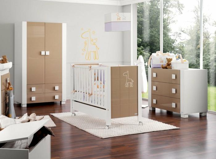 belle-idée-déco-chambre-bébé-tableau-meuble-lit-oreiller-confort