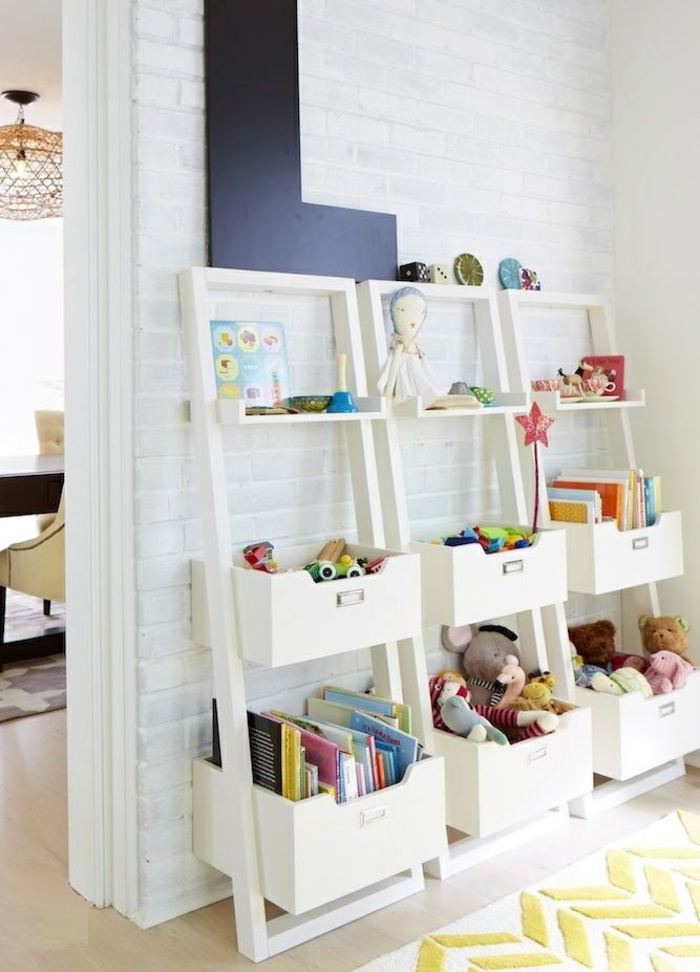 bibliothèque-enfant-coffre-en-bois-bébé-meubles-blanche-echelle
