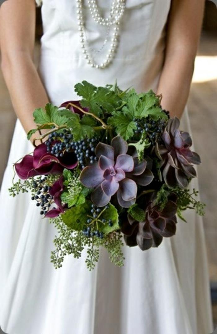 bouquet-mariée-original-avec-fleurs-champetres-quel-fleurs-choisir-pour-le-jour-de-mariage