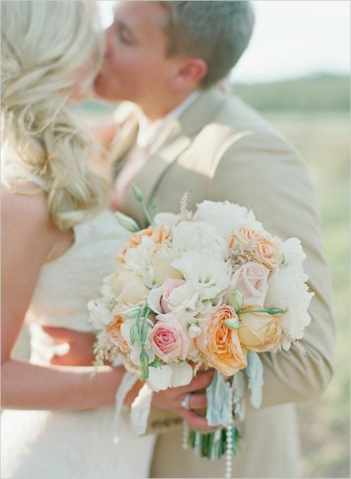 bouquet-mariée-pivoine-blanche-pour-un-joli-bouquet-mariée-original-bouquet-mariee