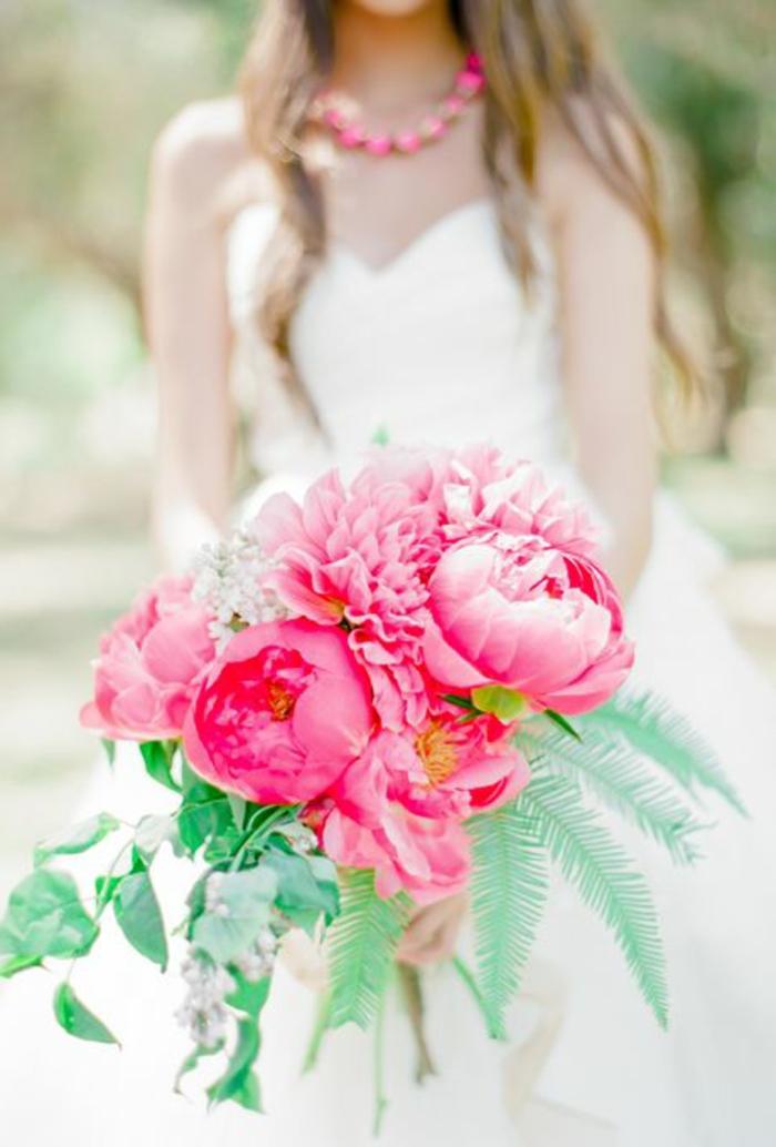 bouquet-mariée-pivoine-rose-fleurs-pour-mariage-comment-choisir-un-bouquet-de-fleurs