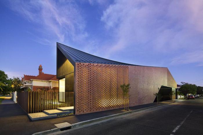 brise-soleil-en-briques-maison-plain-pied-contemporaine