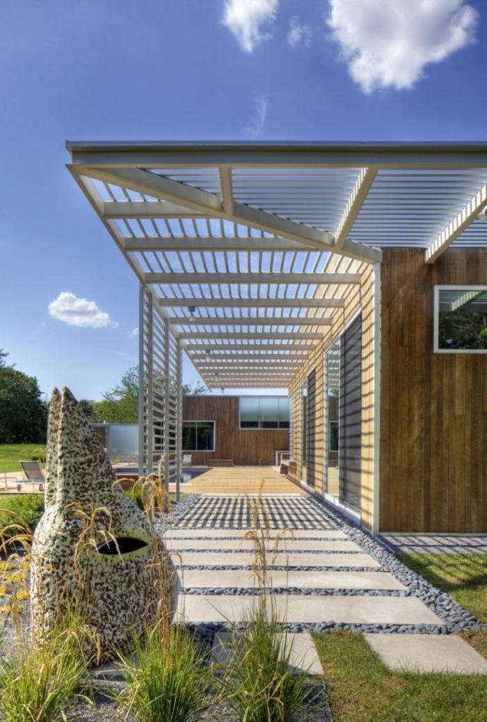 brise-soleil-extérieur-de-maison-protection-solaire