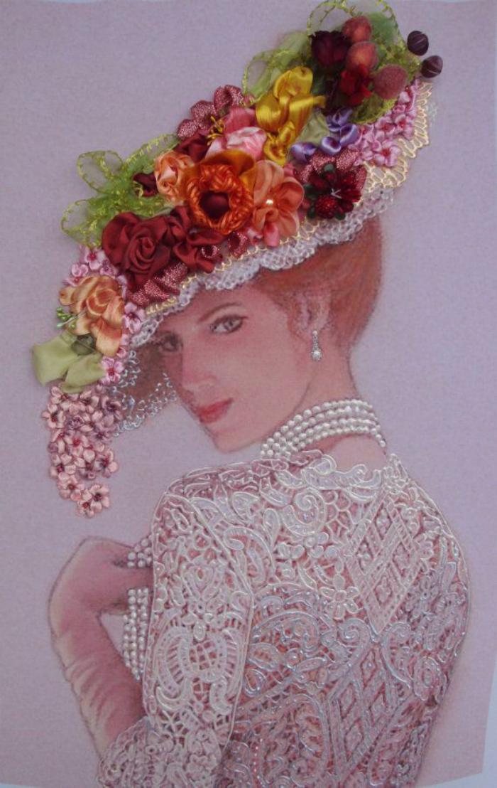 broderie-au-ruban-art-original-broderie-fleurs-sur-le-chapeau-d'une-dame