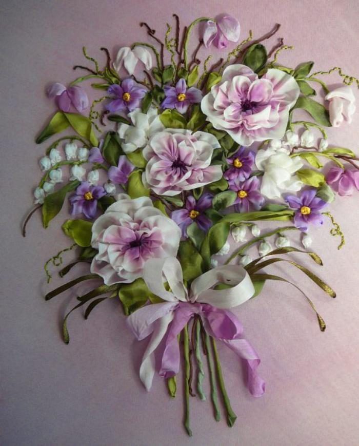 broderie-au-ruban-bouquet-de-jolies-fleurs