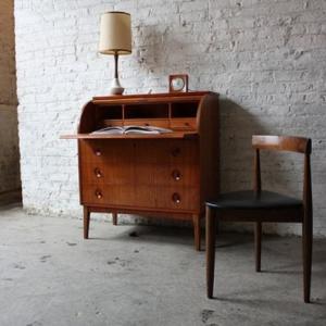 Le bureau secrétaire - un meuble classique et fonctionnel