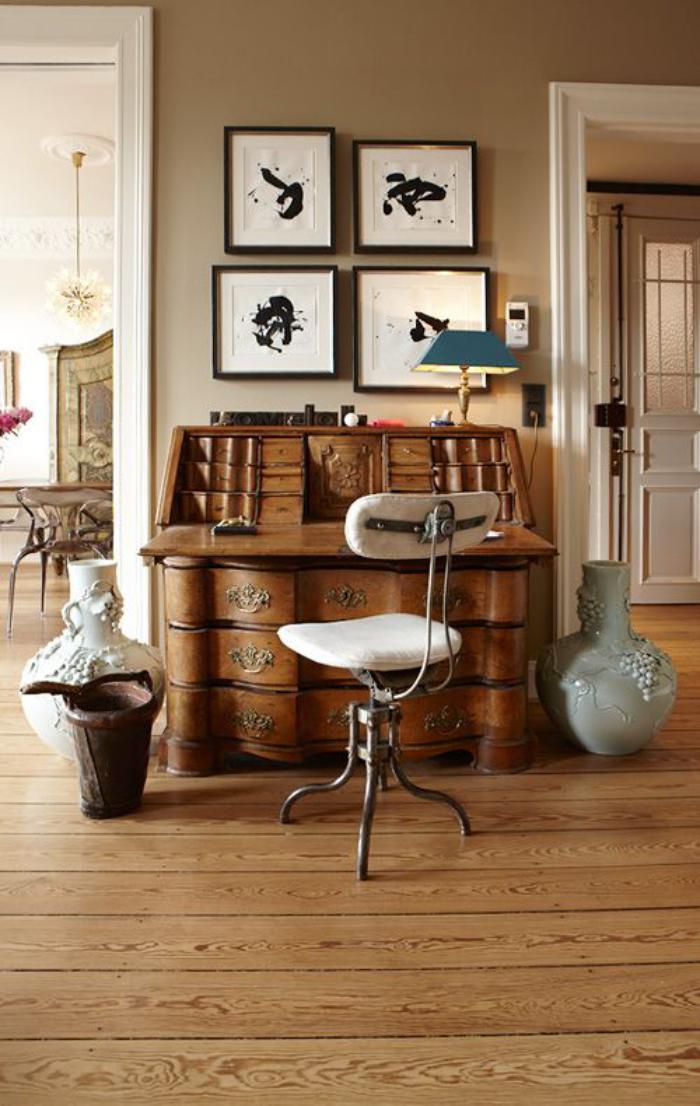 bureau-secrétaire-baroque-design-de-tiroirs-ondulant