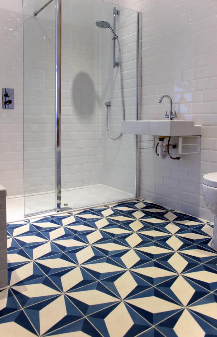 carreaux-de-ciment-salle-de-bains-superbe-en-blanc