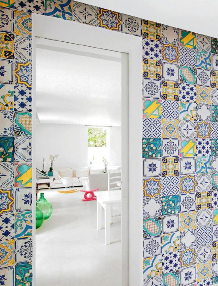 carreaux-de-ciment-appartement-blanc-extravagant-déco-murale-unique