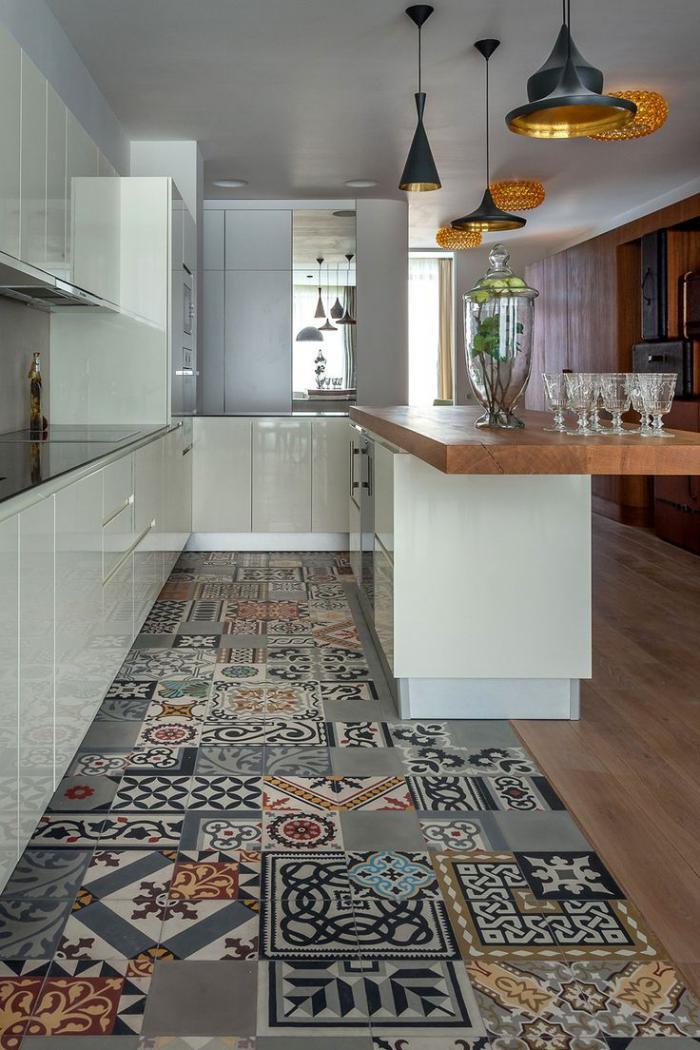 carreaux-de-ciment-différentes-tailles-et-motifs-dans-la-cuisine