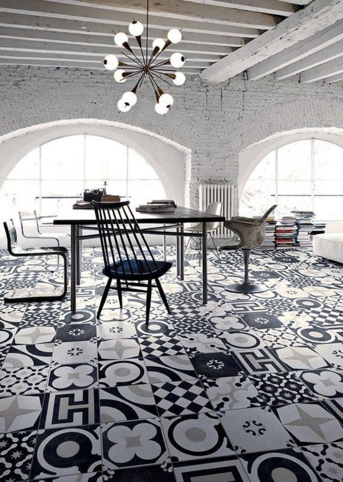 carreaux-de-ciment-intérieur-exceptionnel-murs-en-briques-blanches