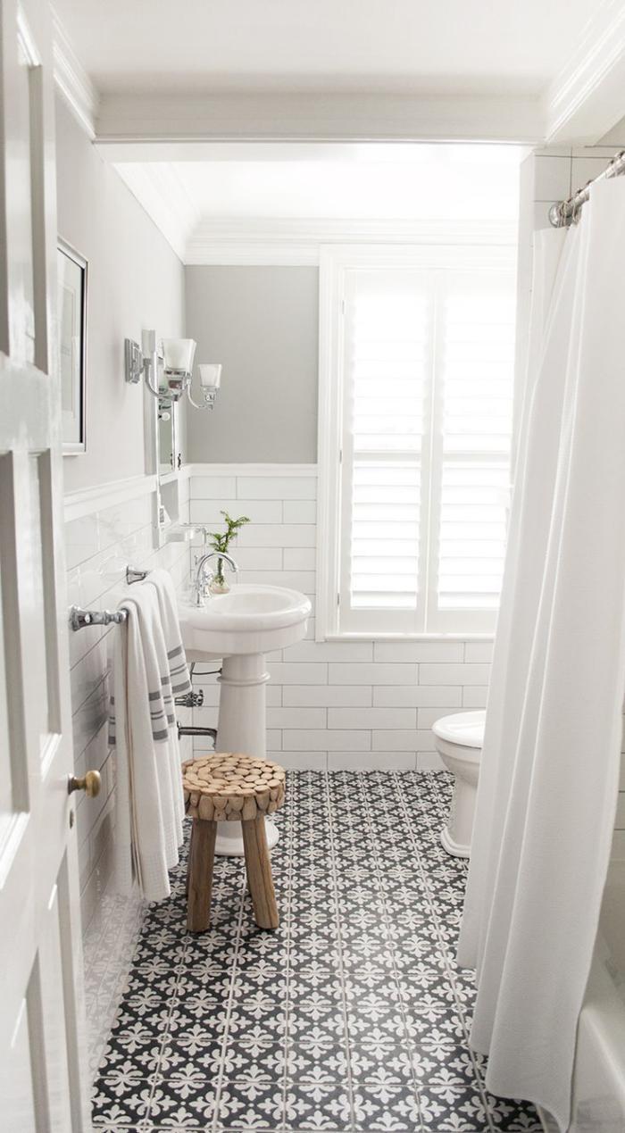 carreaux de ciment salle de bain blanche avec - Salle De Bain Carreau Ciment