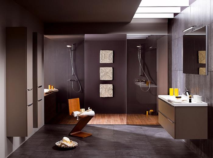 carrelage-sol-salle-de-bain-aménagement-luxueuse-beau-en-violet