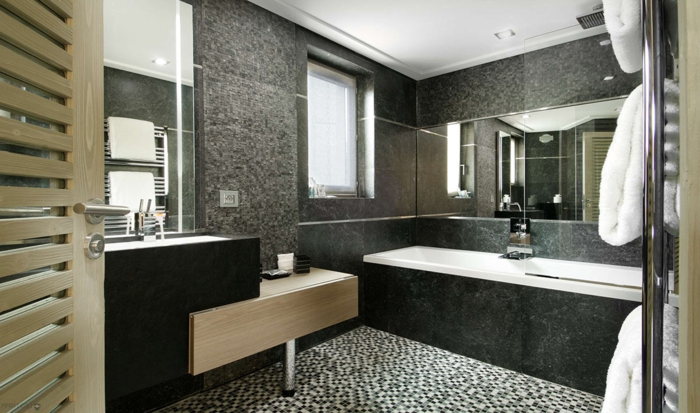 Le carrelage salle de bain quelles sont les meilleures id es - Salle de bain noir et gris ...