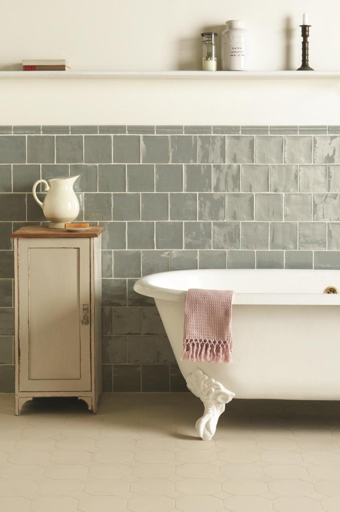 carrelages-salle-de-bain-belle-douche-baignoire-menage-idée-vintage-jolie
