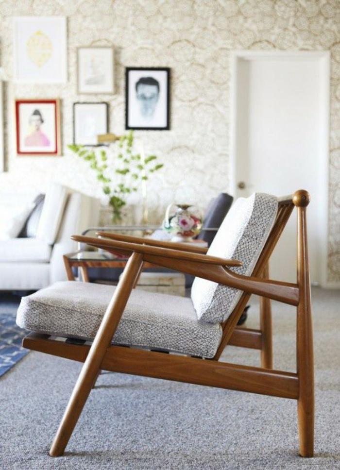 chaise-scandinave-fauteuil-nordique-assise-inclinée-chaise-bois-et-textile
