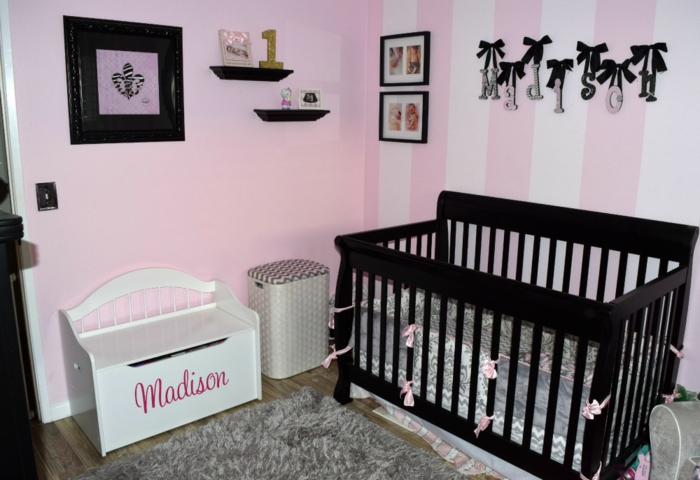 coffre-aménagement-chambre-enfant-rangement-jouets-personnalisé