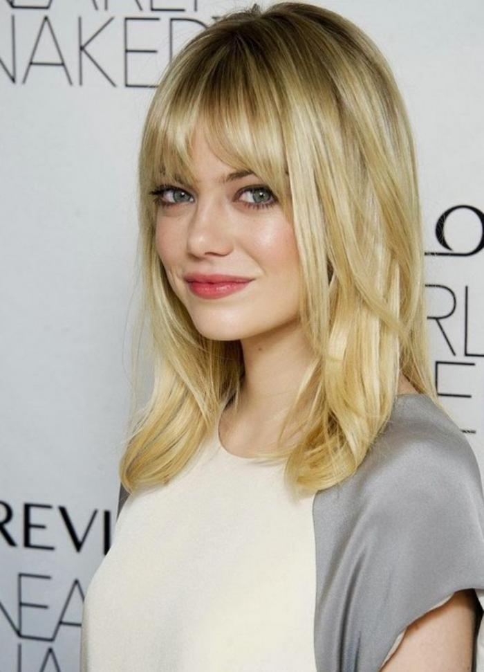 coiffure-avec-frange-cheveux-mi-longs-blonds