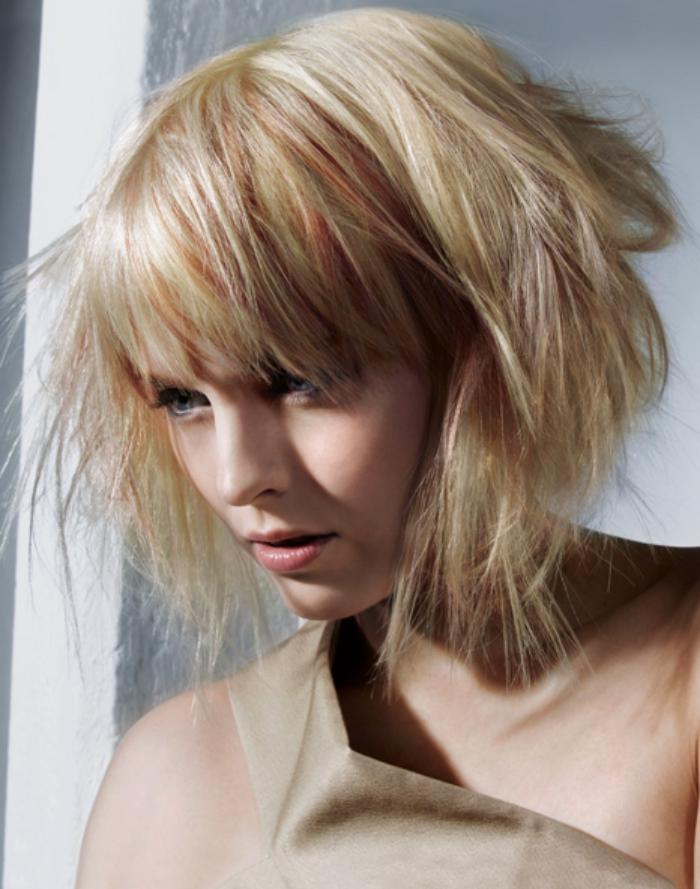 coiffure-avec-frange-coupe-de-cheveux-originale