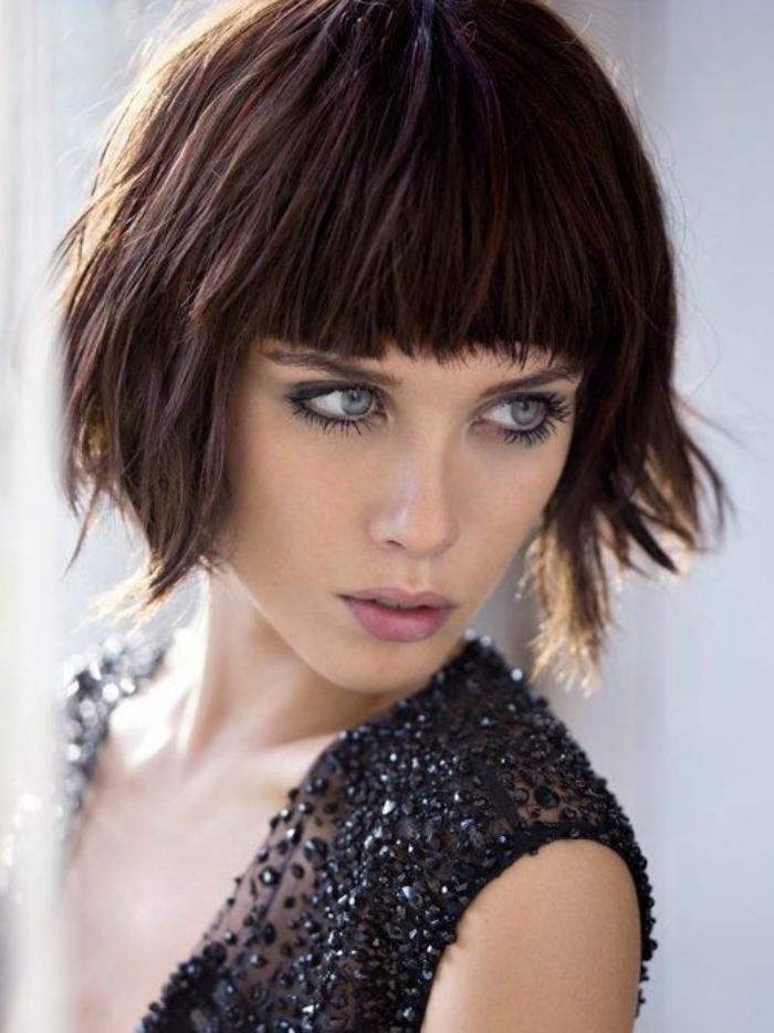 coiffure-avec-frange-tendances-coiffures-modernes