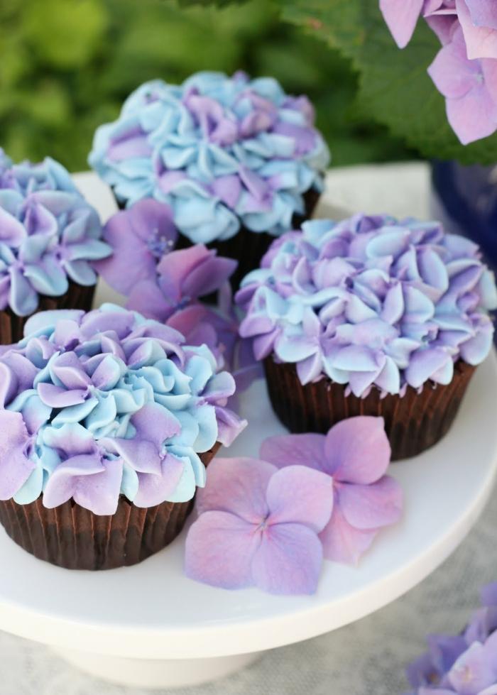 cupcake-glaçage-cupcake-faire-à-vous-memes-fleur-joli-professionnel