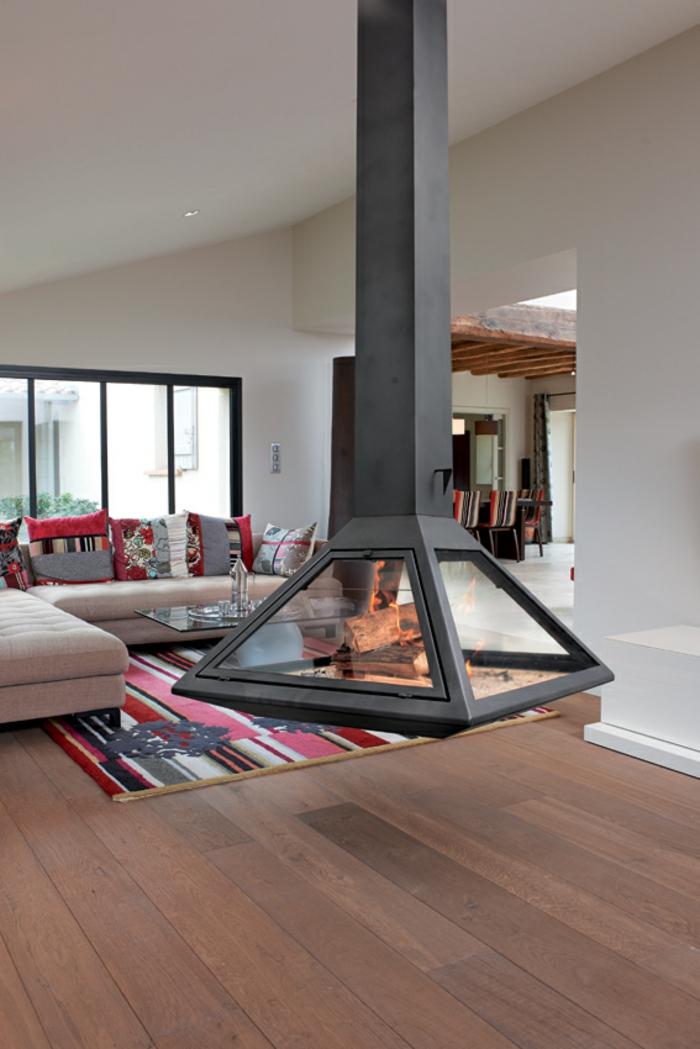 design-d-intérieur-cheminée-centrale-design-original-carré