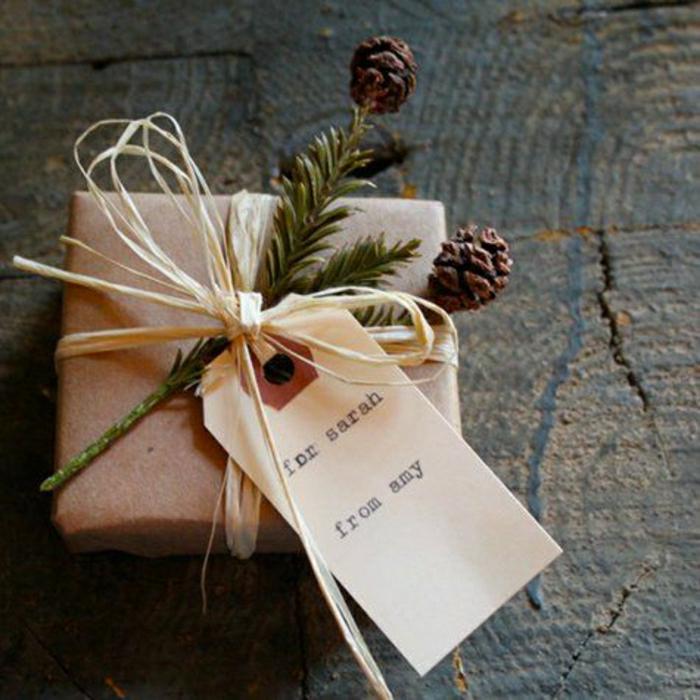 Le papier cadeau original en 50 magnifiques photos - Paquet jardin deco noel nancy ...