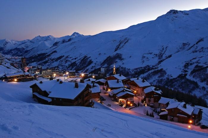 enneigement-belle-photo-montage-et-neige-vue-magnifique-belle-photo