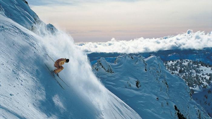 enneigement-stations-alpes-à-qoui-cela-ressamble-jump-ski