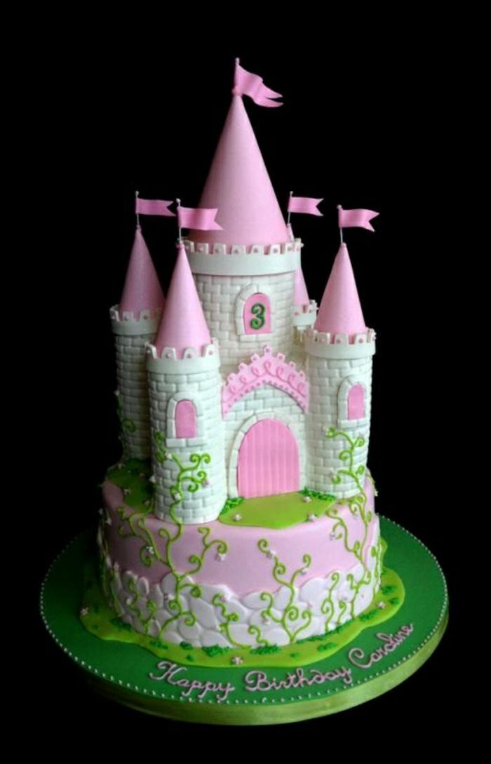 gâteau-chateau-anniversaire-fille-tour-blanc-et-rose-fleurs-lianne
