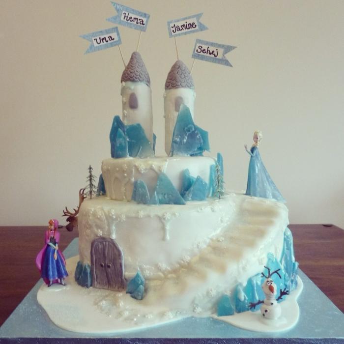 gâteau-frozen-anniversaire-gateau-chateau-cool-idée-déco-gateau-anniversaire