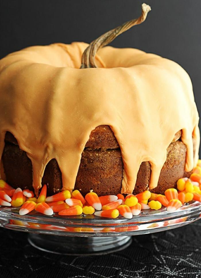 gâteau-halloween-facile-faire-la-fête-toussaint-déco-gateau-orange-cake
