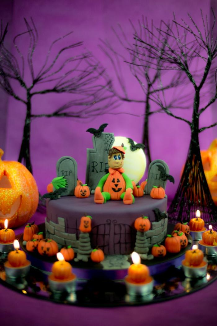 gâteau-halloween-facile-faire-la-fête-toussaint-déco-tombeaux-cemitière-citrouilles