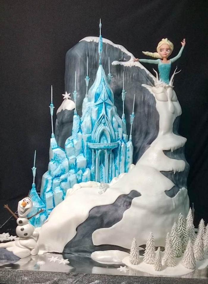 gateau-frozen-anniversaire-gâteau-château-frozen-disney-dessin-animé-réalisation