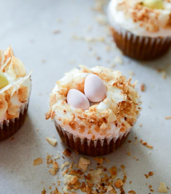 glacage-cupcake-le-plaisir-de-patisserie-cupcake-chocolat-glacage-pour-cupcake-pacques