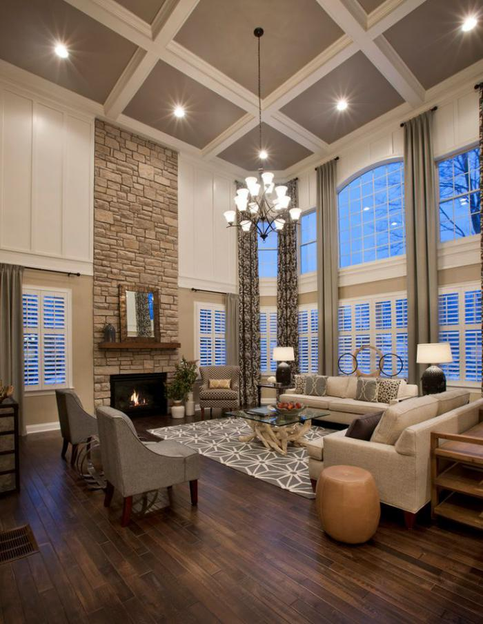 grand-lustre-contemporain-dans-une-salle-de-vie