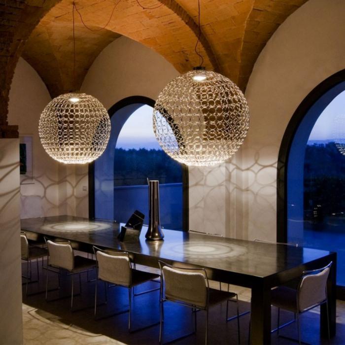 grand-lustre-deux-luminiares-modernes-suspendus