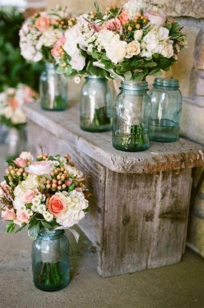 Un gros bouquet de fleurs pour cr er une d coration de table - Liste de mariage ambiance et style ...