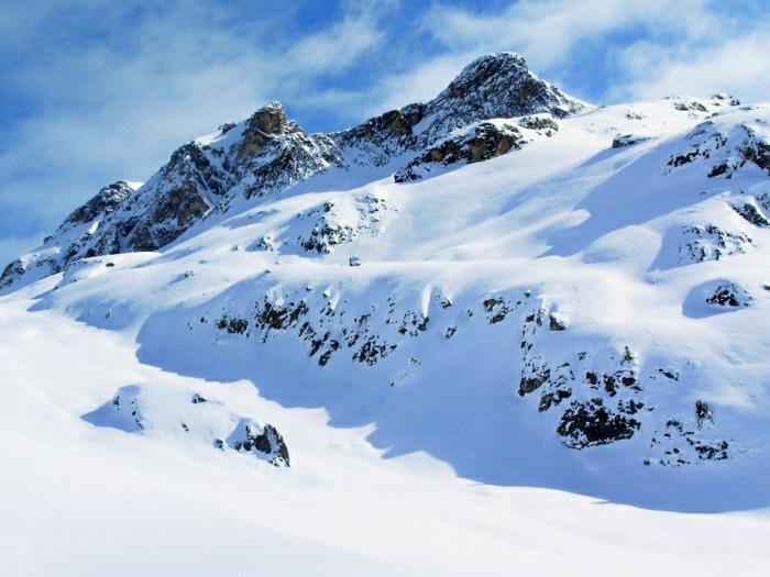 hauteur-de-neige-enneigement-alpes-photographie-blanc-nature