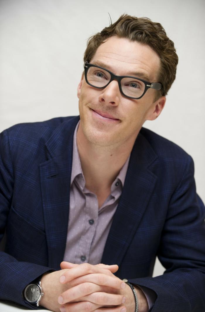 hippster-lunette-de-soleil-t-shirt-hipster-homme-benedict-cumberbatch