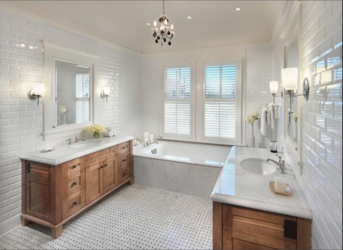 idée-carrelage-salle-de-bain-faire-à-soi-même-professionnel-blanc