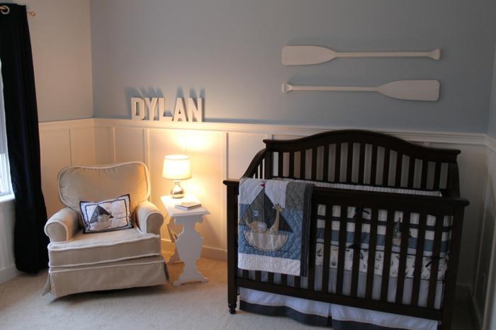 idée-chambre-bébé-decoration-originale-jouets-lit-bébé-bateau