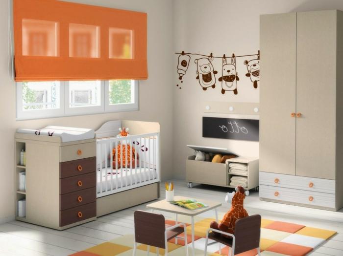 idée-chambre-bébé-decoration-originale-jouets-lit-bébé-orange