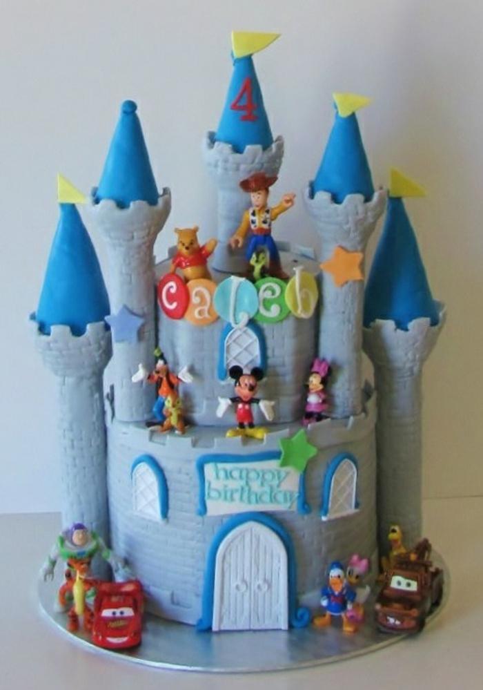 idée-gateau-chateau-thema-toy-story-anniversaire-garçon-gâteau château anniversaire fille