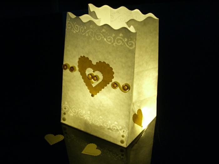 idées-mariage-originale-décoration-avec-bougies-idée-diy