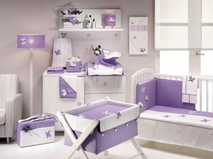 idee-deco-chambre-bebe-idées-intérieur-meubles-chambre-bébé-violet