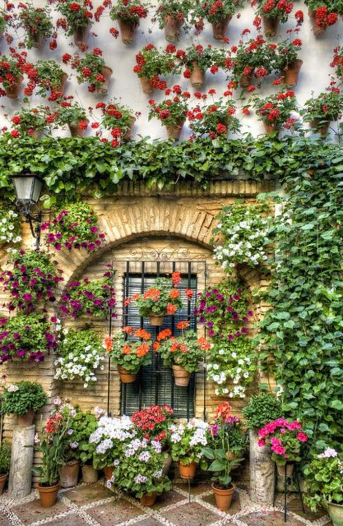 jardiniere-balcon-fleurs-de-balcon-pour-l-exterieur-moderne-joli-exterieur-avec-fleurs